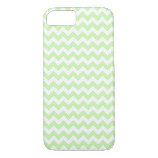 Verde do aipo, teste padrão de ziguezague branco capa iPhone 7