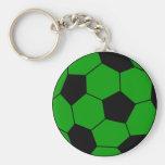 Verde e preto do futebol do futebol chaveiro