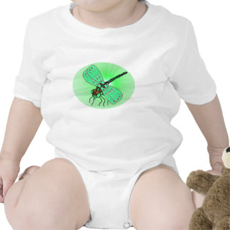Verde infantil do t-shirt da libélula mágica