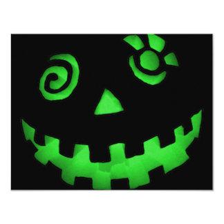 Verde louco da cara da abóbora da lanterna de Jack Convite 10.79 X 13.97cm