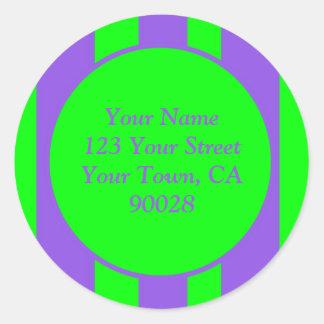 Verde roxo brilhante listrado adesivo em formato redondo