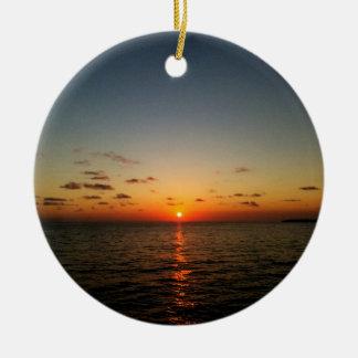 vermelho amarelo alaranjado do por do sol bonito ornamento de cerâmica