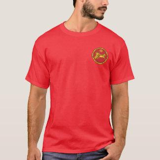 Vermelho Assyrian do império & camisa redonda do