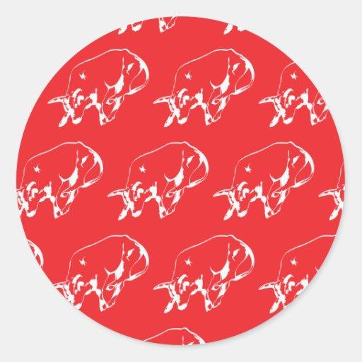 Vermelho branco de Raging Bull Adesivo Em Formato Redondo
