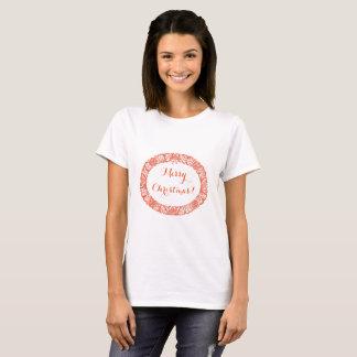 Vermelho brilhante na grinalda do White Christmas Camiseta