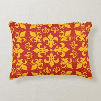 Vermelho e teste padrão da flor de lis do ouro almofada decorativa