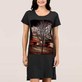 Vestido Árvore abstracta ao lago