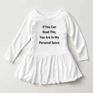 Vestido humor pessoal engraçado do espaço