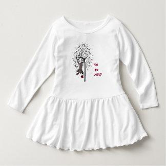 Vestido original do plissado da criança da terra