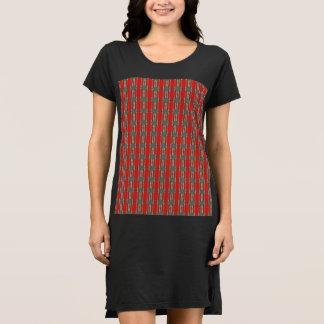 Vestido vermelho da camisa do preto T do cobra