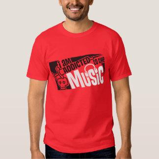 viciado à música t-shirts