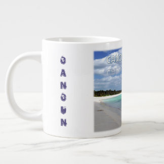 Vida da praia na caneca de café de Cancun México