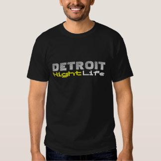 Vida noturno de Detroit T-shirts