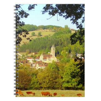 Vila medieval do caderno da foto de Plazac