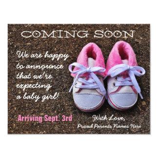 Vinda logo anúncio da gravidez dos calçados de