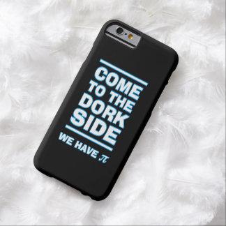 Vindo ao lado do Dork nós temos capas de iphone