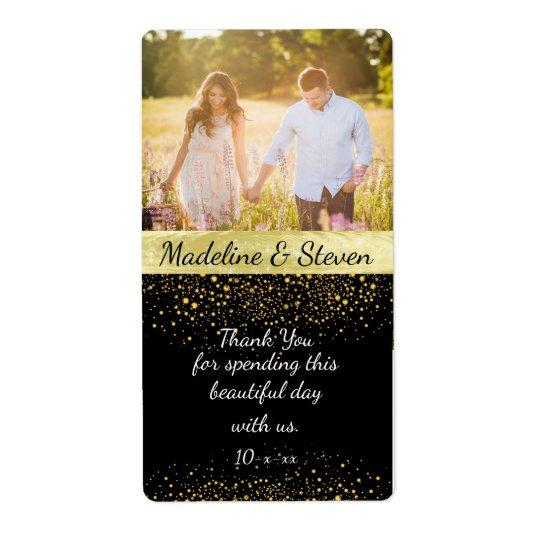 Vinho do casamento, confete do ouro, foto feita etiqueta de frete