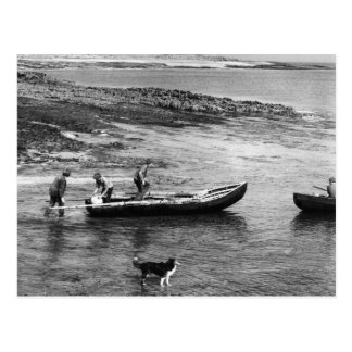 Vintage barcos de Currach de Ireland, ilha de Aran Cartão Postal