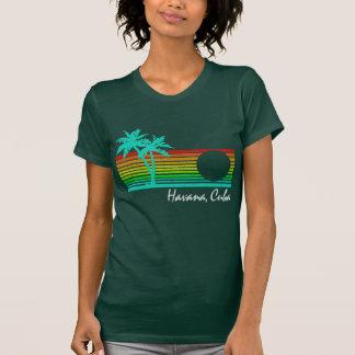 Vintage Havana, Cuba - design afligido Tshirts