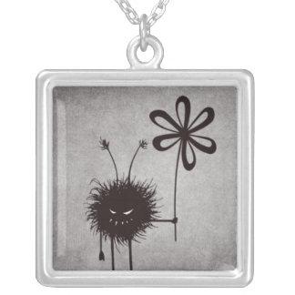 Vintage mau do inseto da flor colar com pendente quadrado
