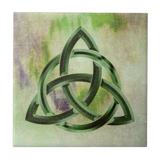 Vintage verde celta do Grunge do nó da trindade