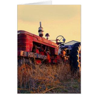 vintage vermelho da máquina do trator velho cartão comemorativo