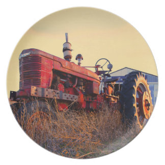 vintage vermelho da máquina do trator velho louça de jantar