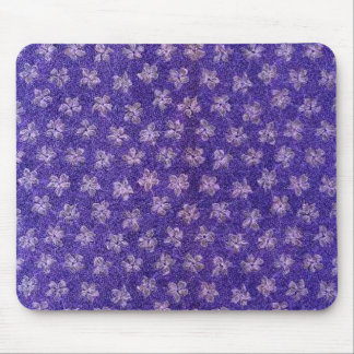 Violetas do roxo do vintage mouse pad