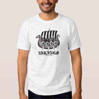 Viquingues no desenho preto e branco da tinta da t-shirts