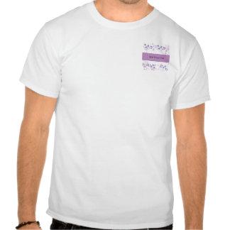 Visão da borboleta no roxo do Lilac T-shirt