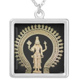 Vishnu, Chola atrasado Colares