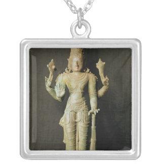 Vishnu, Chola atrasado Colar Banhado A Prata