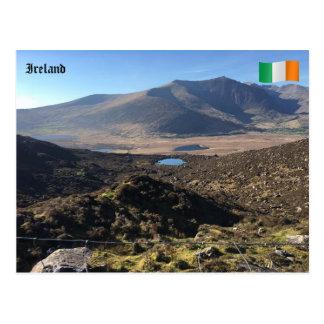 Vista da passagem de Conor, Kerry do Co., Ireland Cartão Postal