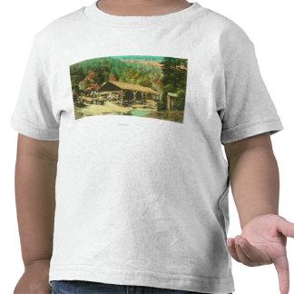 Vista exterior da serração na angra de Bodfish T-shirts