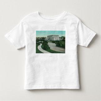 Vista exterior do terraço de Presidio T-shirt