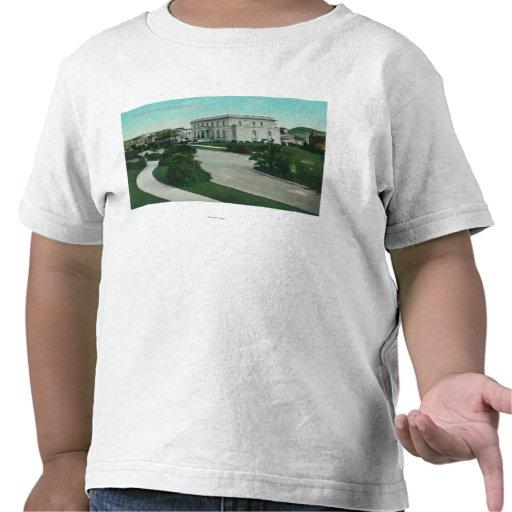 Vista exterior do terraço de Presidio T-shirts