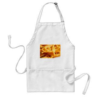 Vista macro detalhada nos espaguetes cozinhados em avental