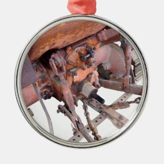 Vista traseira do trator de esteira rolante ornamento redondo cor prata