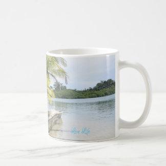 Vive - vida viva - a caneca tropical verde da