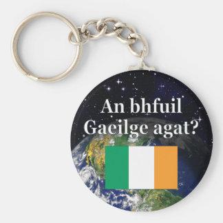 Você fala o irlandês? no irlandês. Bandeira & Chaveiro