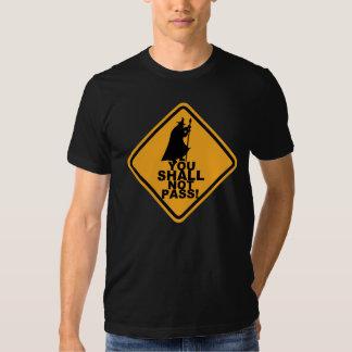VOCÊ NÃO PASSARÁ! T do humor do jogo T-shirt