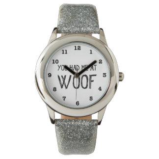 Você teve-me no relógio de pulso numerado Woof