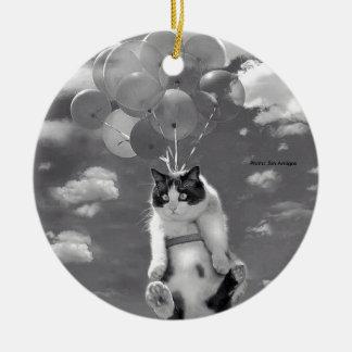 Vôo engraçado com balões - ornamento redondo do