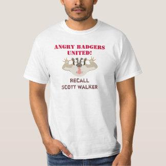 Wisconsin Politics_Angry Badgers United_Recall Camisetas