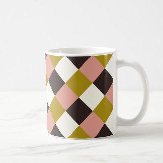 Xadrez cor-de-rosa do marfim do chocolate do ouro caneca de café