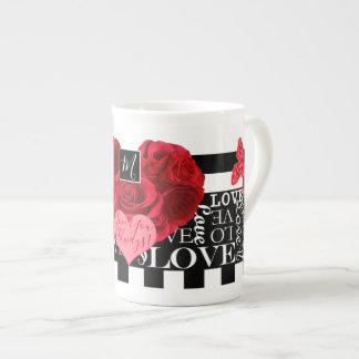 Xícara De Chá Amor e estilo do quadro-negro dos rosas