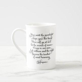 Xícara De Chá Como doce o luar, citações de Shakespeare