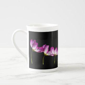 Xícara De Chá Flores no preto