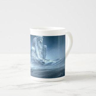Xícara De Chá Homem na escultura da fantasia da montanha
