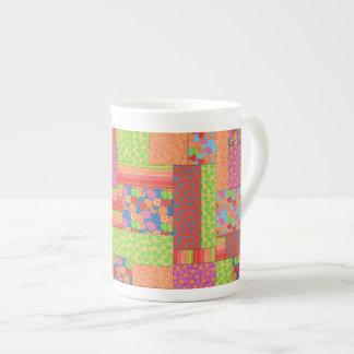 Xícara De Chá Os retalhos coloridos do falso do verão frutificam